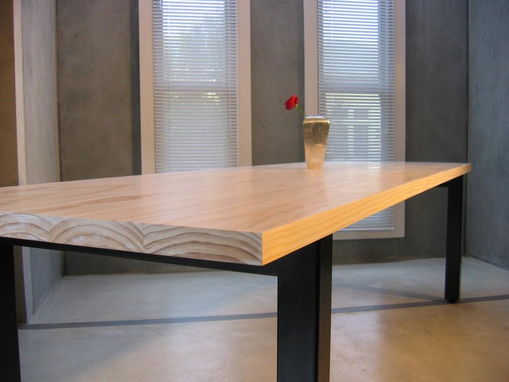 custom pine table 071